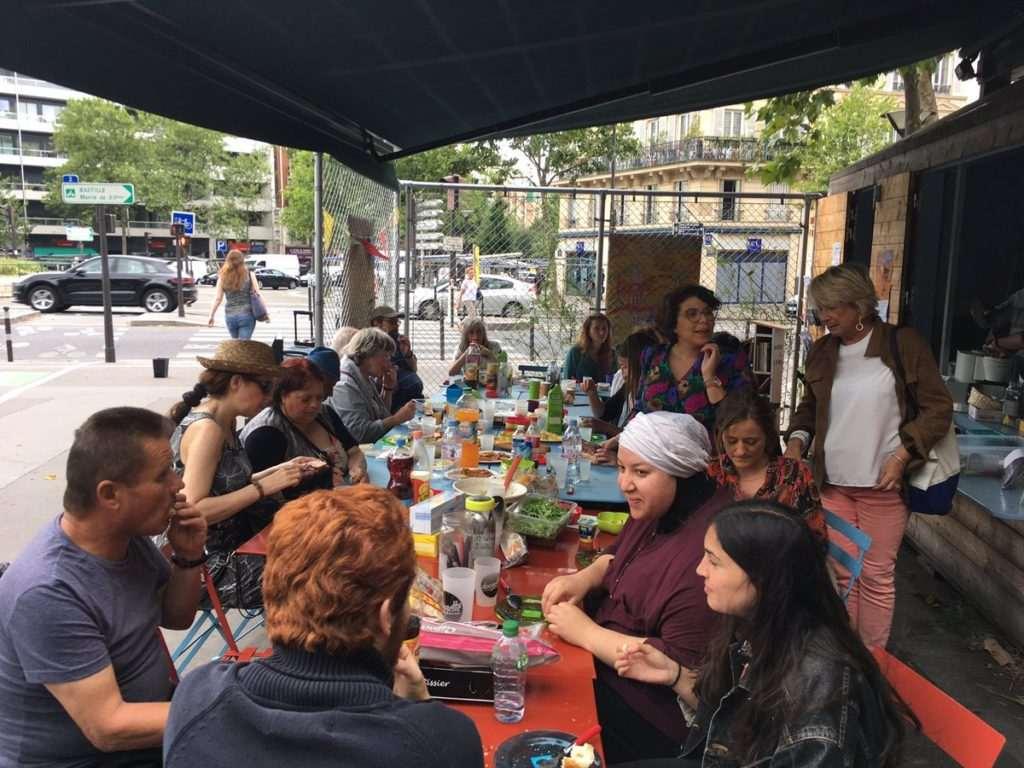 Repas partagé au Kiosque du partage du 12e (2017)